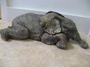 Elephant (ceramic)